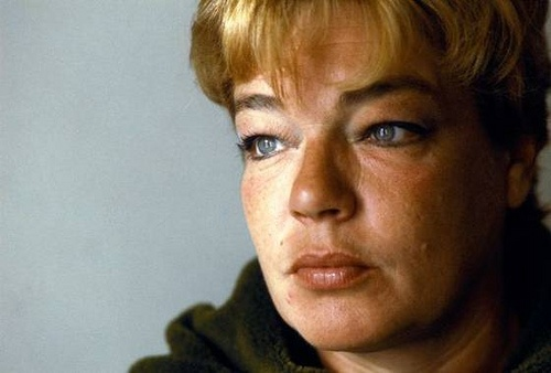 Simone Signoret.  French screen icon.  Set the bar for so many that followed after her.