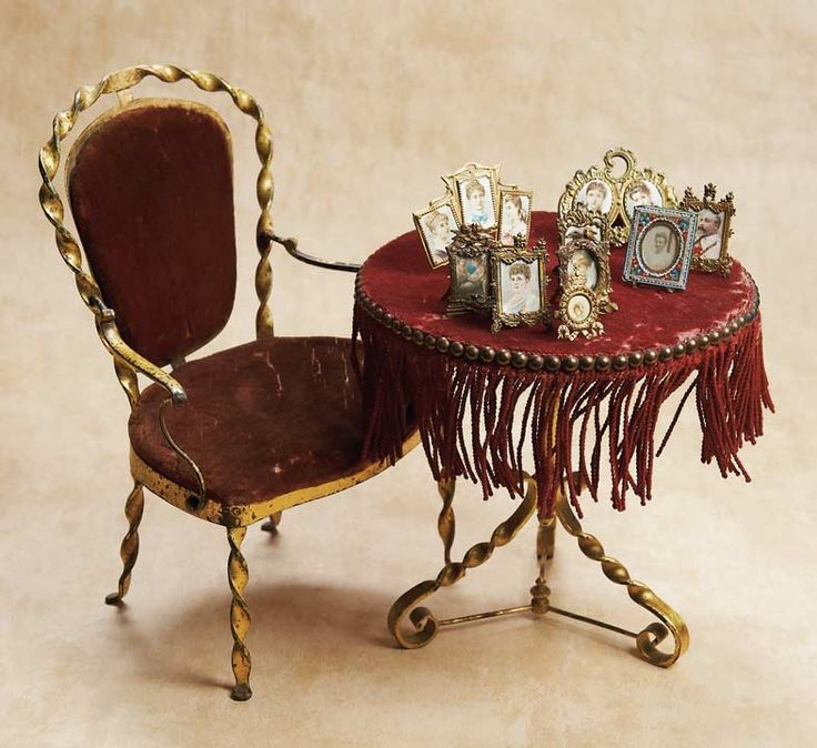 De Kleine Wereld Museum of Lier: 44 French Salon Table and Chair for Poupee  from - 58 Best Hooray For Huret! Images On Pinterest Antique Dolls