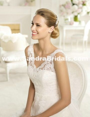 Ubis pronovias wedding dress