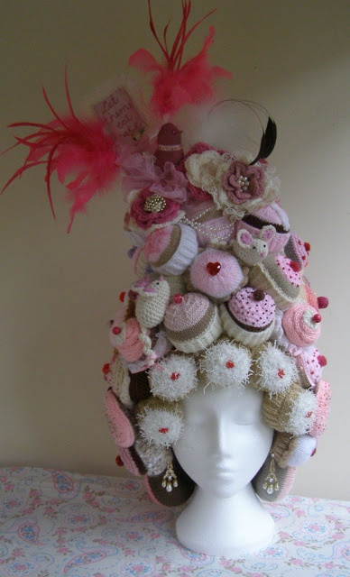 Gina Ferrari - a hat of epic proportions. I think i will have to start working on something like that.