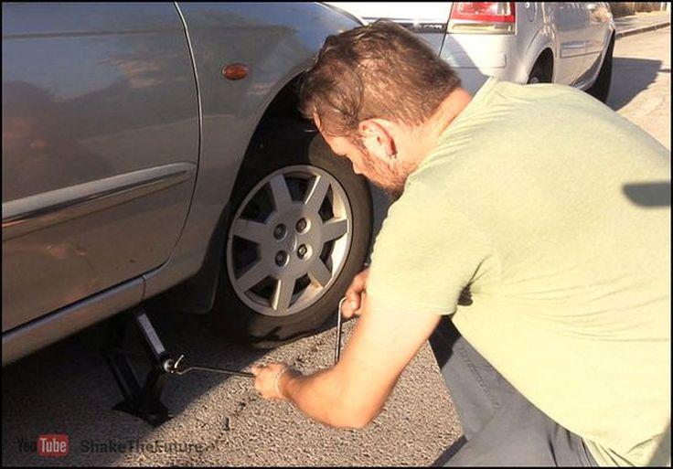 Si te quedas sin batería puedes arrancar tu coche con tan solo una cuerda. Así #viral