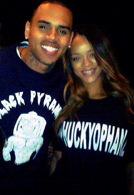 Chris Brown and Rihanna should  Get back together.   They should get back together.