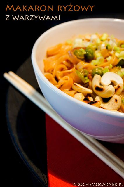 Grochem o Garnek: Makaron ryżowy z warzywami