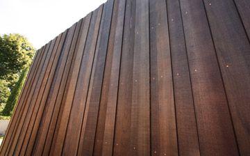 Random vertical cedar cladding