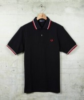 Polo FRED PERRY Slim Fit Vivos CD2594  79 €  http://galery.es/tienda/polo-slim-fit-vivos-fred-perry