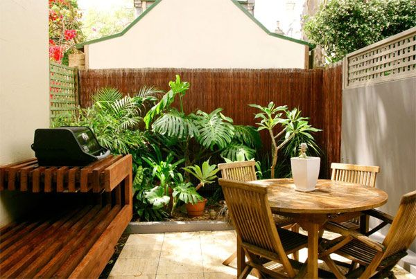 Small courtyard ideas and photos small courtyard ideas for Courtyard garden ideas australia