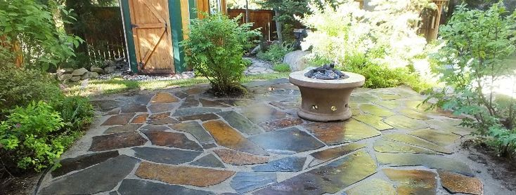 Slate Rock Patio 002. I wish my rock was flat enough! I would def do this!