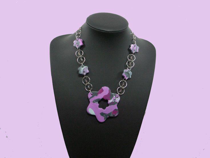 roze/ paarse ketting met opvallende grote rozet met bijpassende oorbellen door galerieHennieLesman op Etsy