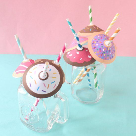 Dress up your straws with these free printable umbrellas that look like donuts!