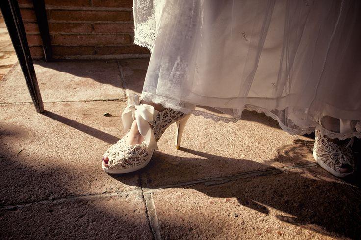 Un detalle del zapato.... todos iban vestidos de los años 20... SIZEPHOTO, fotógrafo barcelona, reportaje de boda