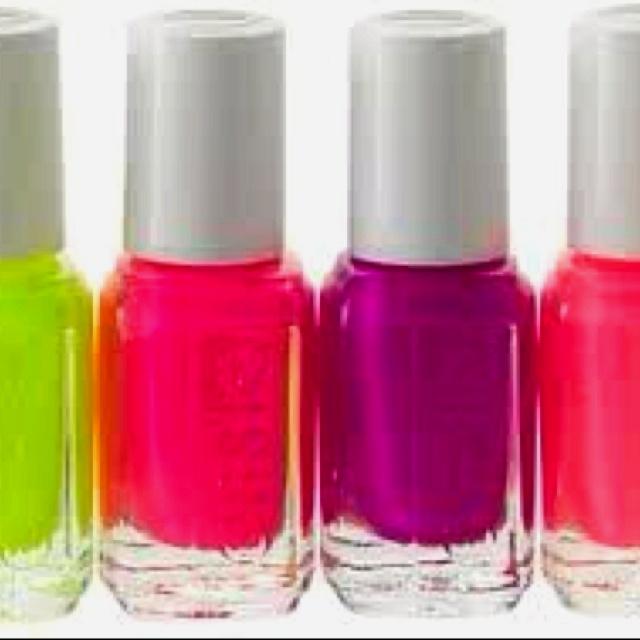 Nails nails nails!(:Nail Polish, Spring Colors, Colors Nails, Neon Colors, Neon Nails, Summer Colors, Bright Colors, Nails Colours, Nails Polish Colors