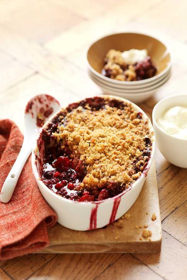 Berry & Apple Brown Sugar Crumble    #CreativeGourmet #recipe