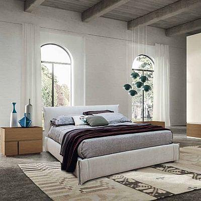 Beautiful, ultramodern 'Flower' bed. Contemporary, essential. My Italian Living.