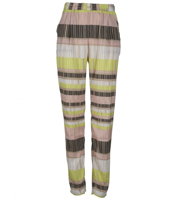 Be right on trend in these graphic print Dori trousers. If you like please feel free to visit our online site http://bowandpearl.com/new-in.html to purchase or pop into our store to see more.