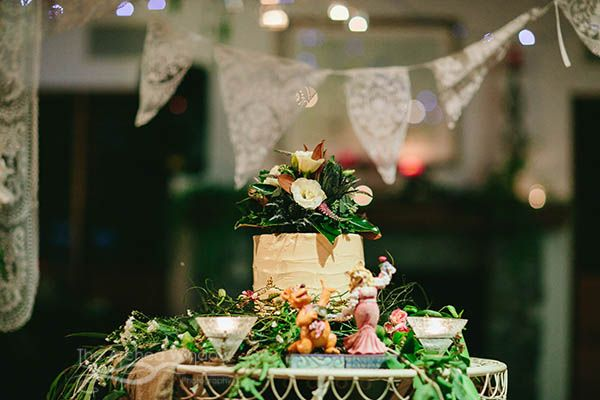 Wedding held at Peppers Ruffles Lodge and Spa, Gold Coast hinterland. Photography by Mt Tamborine wedding photographers The Arched Window. Styling by DC Creations. Cake by Montmartre French Patisserie.