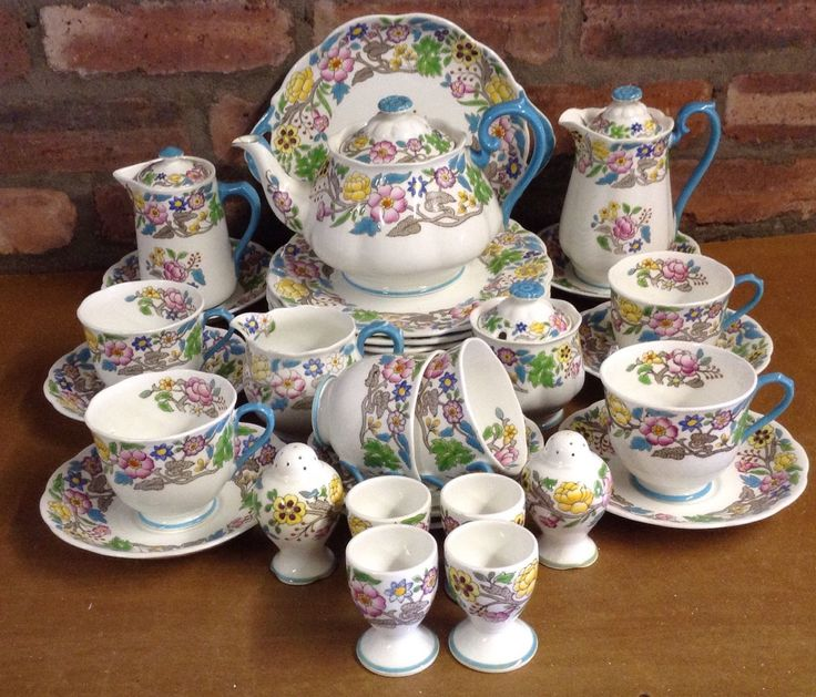 Royal Albert Jacobean 34 Piece Tea/Dinner Set in Pottery, Porcelain & Glass, Porcelain/ China, Royal Albert, Tableware | eBay