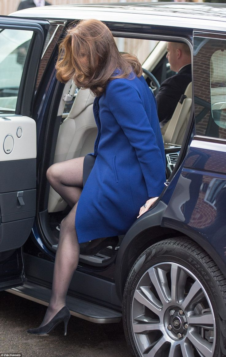 Hair today, gone tomorrow: The Duchess was sporting a bouncy blow dry as she arrived in Es... #katemiddleton #royals
