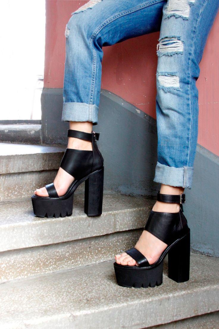 Elle Shoes Hakiki Deri Siyah Kadın Topuklu Ayakkabı | Trendyol