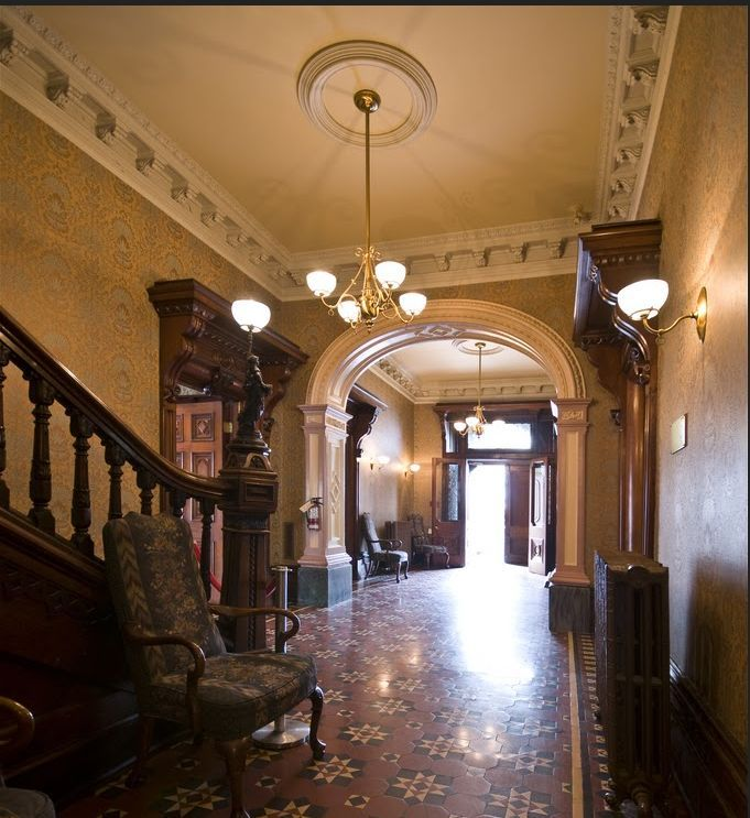 Philadelphia brownstones manion interior philadelphia for New york brownstone interior design