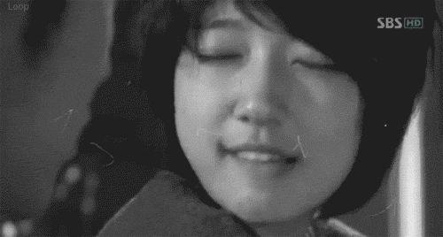 Park Shin Hye's 10 most awkward kissing scenes
