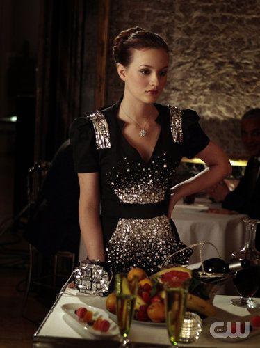 Leighton Meester as Blair Waldorf - il y a des tenues que j'avais oubliées omg