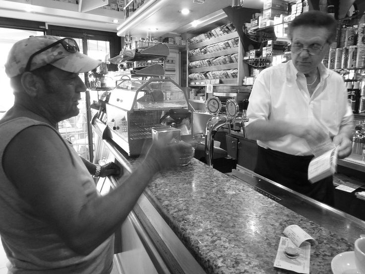 Dario and his Bar