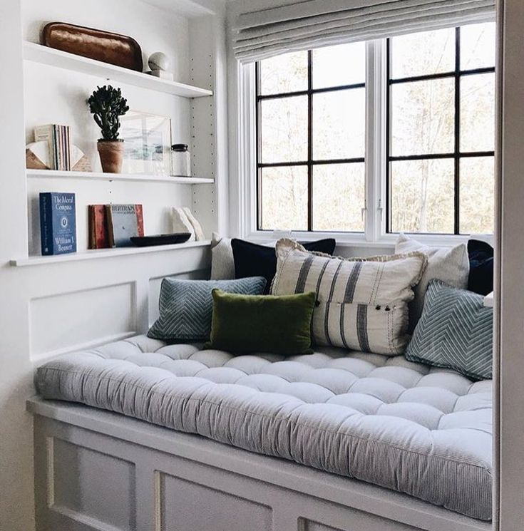 """5 Likes, 2 Comments - Salty Stiletto's New Page (@thesaltystilettos) on Instagram: """"I love this cozy corner I could snuggle up and read books to my bubba every afternoon in this…"""""""