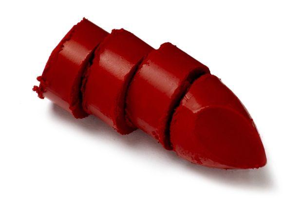 Jak zakryć sińce pod oczami? Jak zakryć sińce używając czerwonej szminki?  #porady #tip #protip #makeup