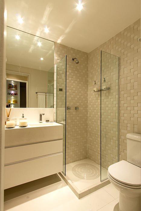 Banheiro do apartamento de 2 dormitórios do HomeClub Guarulhos  Decorados Ti -> Banheiro Apartamento Decorado Adesivo