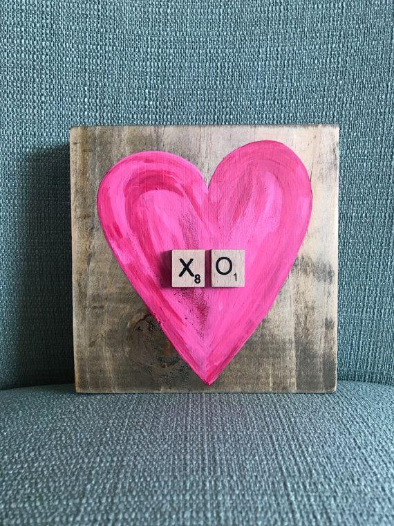 XO Heart Shelf Sitter by GirlNextDoorDesigns on Etsy