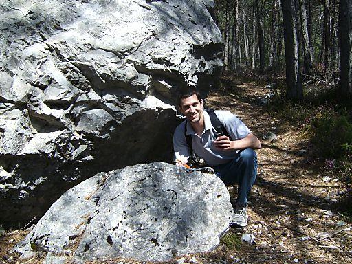 Geocaching: Digitale Schnitzeljagd auf den Spuren des Bergdoktors am Mieminger Plateau | Fotograf: Innsbruck Tourismus | Credit:Innsbruck Tourismus | Mehr Informationen und Bilddownload in voller Auflösung: http://www.ots.at/presseaussendung/OBS_20120523_OBS0001