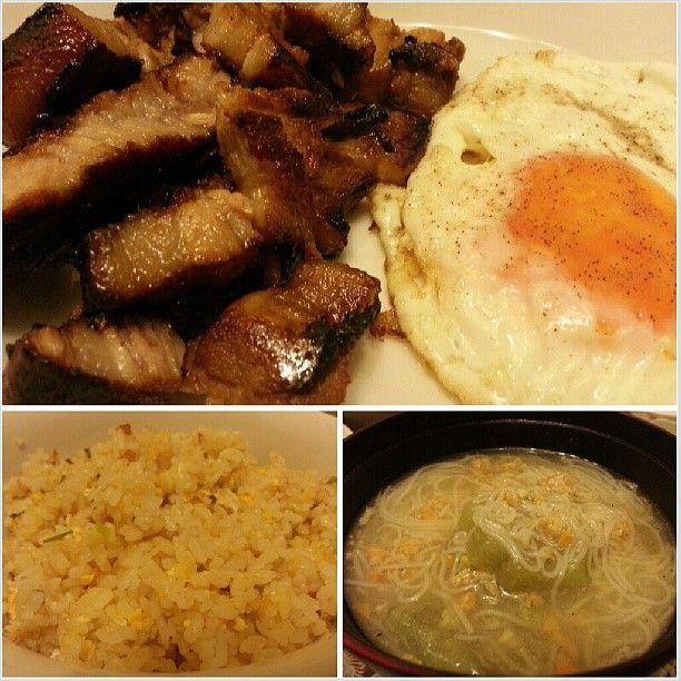 #liempo #pork #bbq #sunnysideup #friedrice #misua #yummy #filipino #food for #dinner #cook #cooking #philippines #とん漬け みたいな味のする #リエンポ #目玉焼き #チャーハン #ミスア で#晩ごはん #フィリピン #料理
