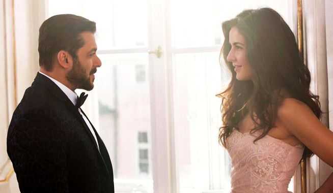 tiger zinda hai first look, tiger zinda hai first look out, tiger zinda hai release date, katrina kaif, salman khan, tiger zinda hai, tiger zinda hai story, tiger zinda hai release date, salman khan katrina kaif, salman katrina photo in tiger zinda hai, salman katrina affair, salman katrina patch up, salman katrina relationship, ali abbas zafar, mangobollywood, bollywood latest news, Salman Khan and Katrina Kaif first look out