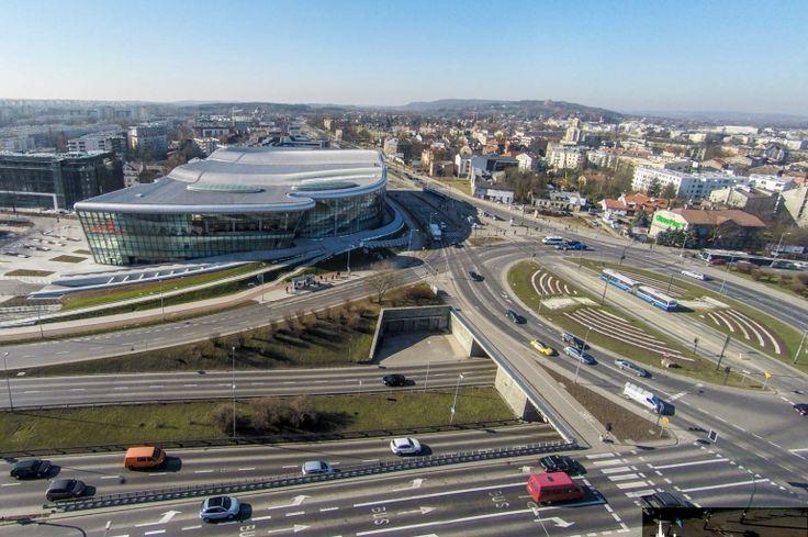 Zatrzymanie ruchu tramwajowego przy Centrum Kongresowym - Aktualności - LoveKraków.pl