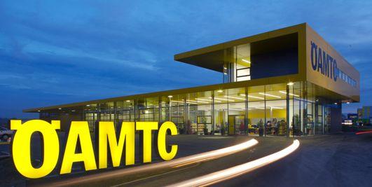 ÖAMTC Service Centers Building