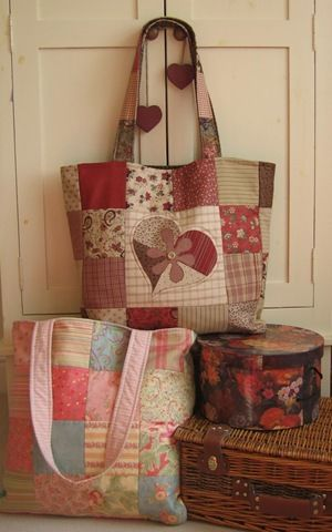 Patchwork Tote Bag :: Free Pattern