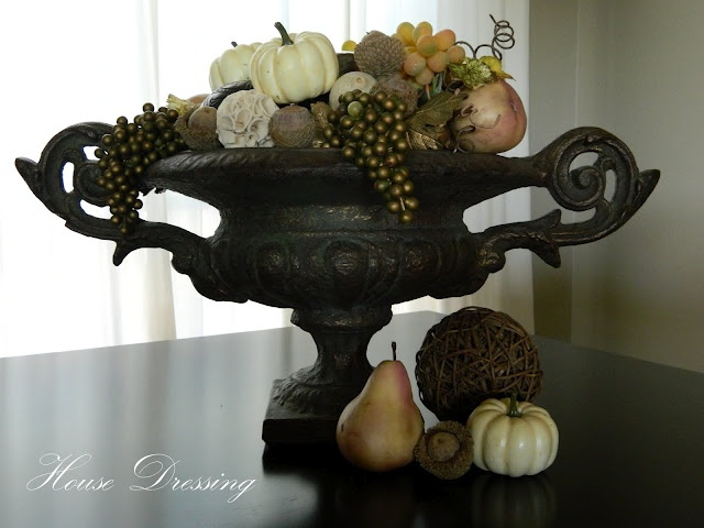Pretty urn