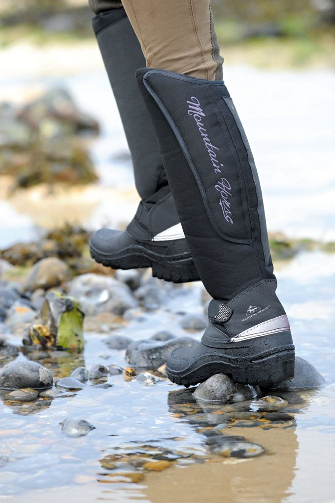 Fantastic value winter boot with adjustable leg fit for all shapes and sizes. http://mountainhorse.se