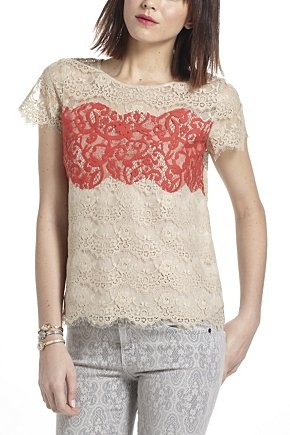 Scalloped Colourblock Lace Tee | Anthropologie.eu