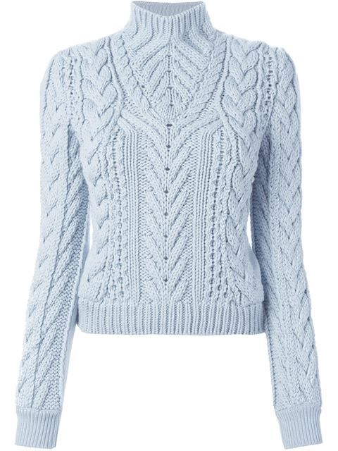 свитер вязки косичкой