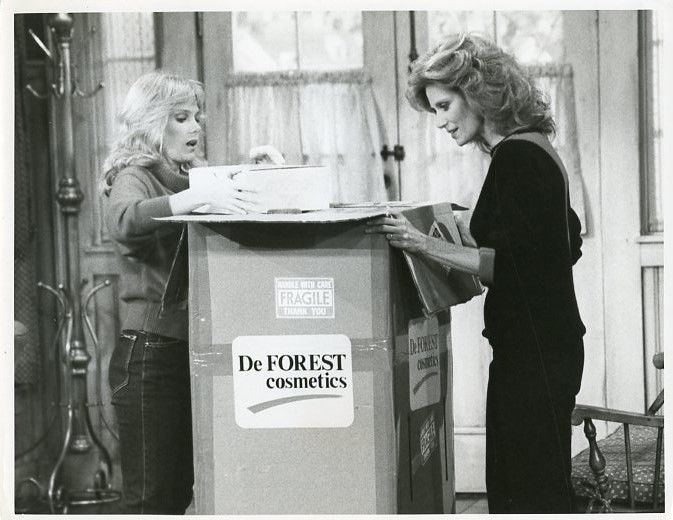 JULIA DUFFY MARY FRANN NEWHART TV SHOW ORIGINAL 1985 CBS TV PHOTO #Photos