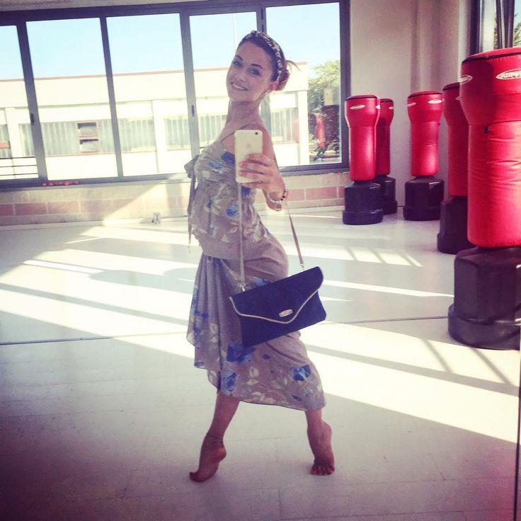 Grazie ancora Alice Bellagamba <3  #alicebellagamba #amici #elenacasati #accessory #clutch #dance #goodleg #love