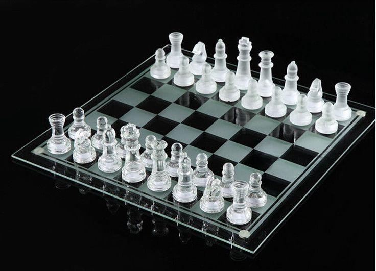 Elegant New Solid Glass Chess With Checker Board Set #New