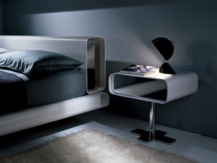 TUBE | 床边柜 By i 4 Mariani 设计师Mauro Lipparini