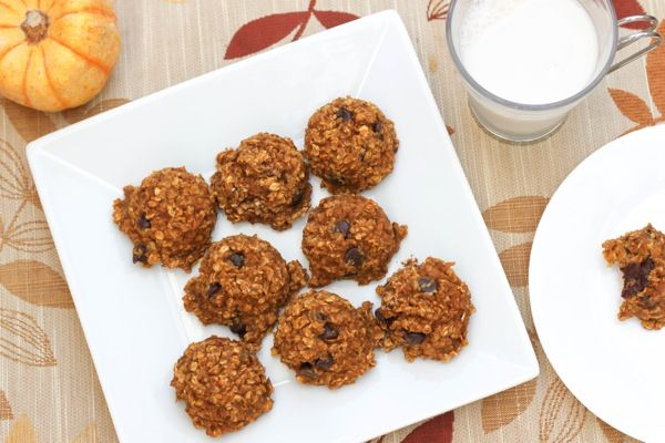 Pumpkin chocolate chip baked breakfast cookies