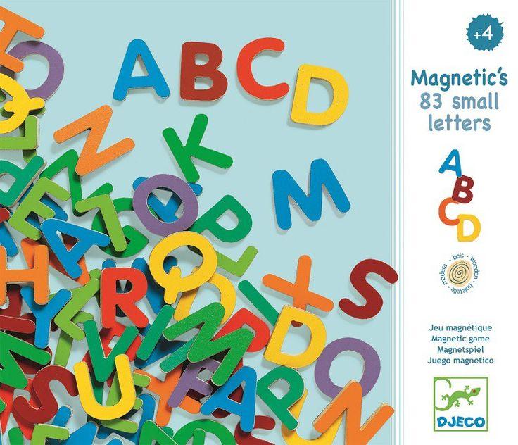 <p>83 houten magnetische letters in een mooie bewaardooswaarvan de klep sluit met een magneet.De magneten zijn4 mm dik en een letter circa 3 cm hoog. Om je eigen naam te maken, die van papa, mama en je beste vriendje.<br /><br /></p>