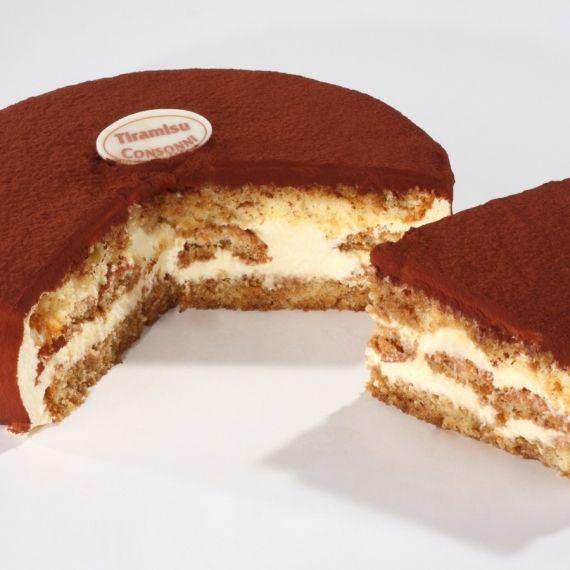 Tort Tiramisu Biszkopty, włoski ser mascarpone, pasteryzowane żółtka, cukier i śmietanka. Z tych składników wykonaliśmy ten tort. Mocno obsypany tłustym, belgijskim kakao.