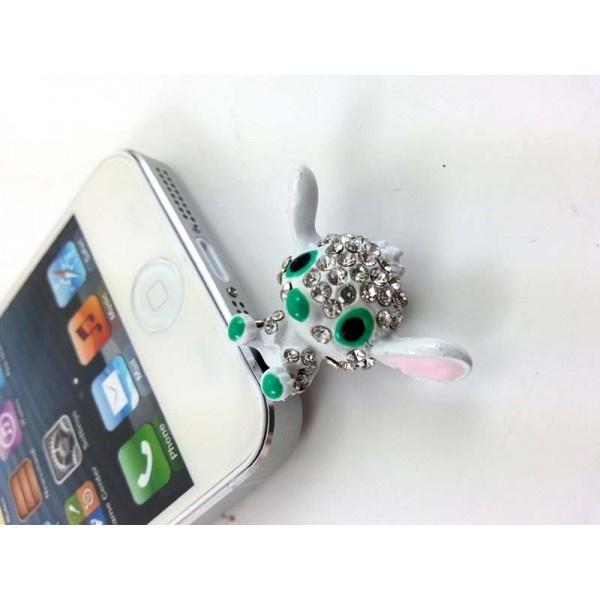 Cep Telefonu Küpesi Creatures    3.5 mm Kulaklık girişi olan tüm telefonlarla uyumludur.  Taşları kalitelidir.   https://www.telefongiydir.com/3.5-mm-cep-telefonu-kupesi-sevimli-yaratik?filter_name=k%C3%BCpe