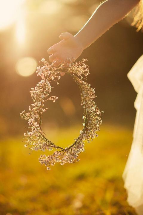 Where The Wildflowers Grow / Wedding Style Inspiration / LANE