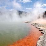 Pohutu geyser - Wai-o-tapu Thermal Wonderland